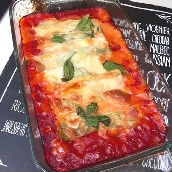 Vegan spinach and cream cheese cannelloni